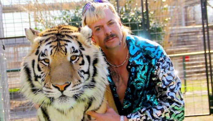 joe exotic netflix tiger king-min